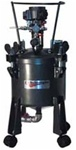 Pressure Pot 2.5 gallon bottom outlet single regulated with air agitator